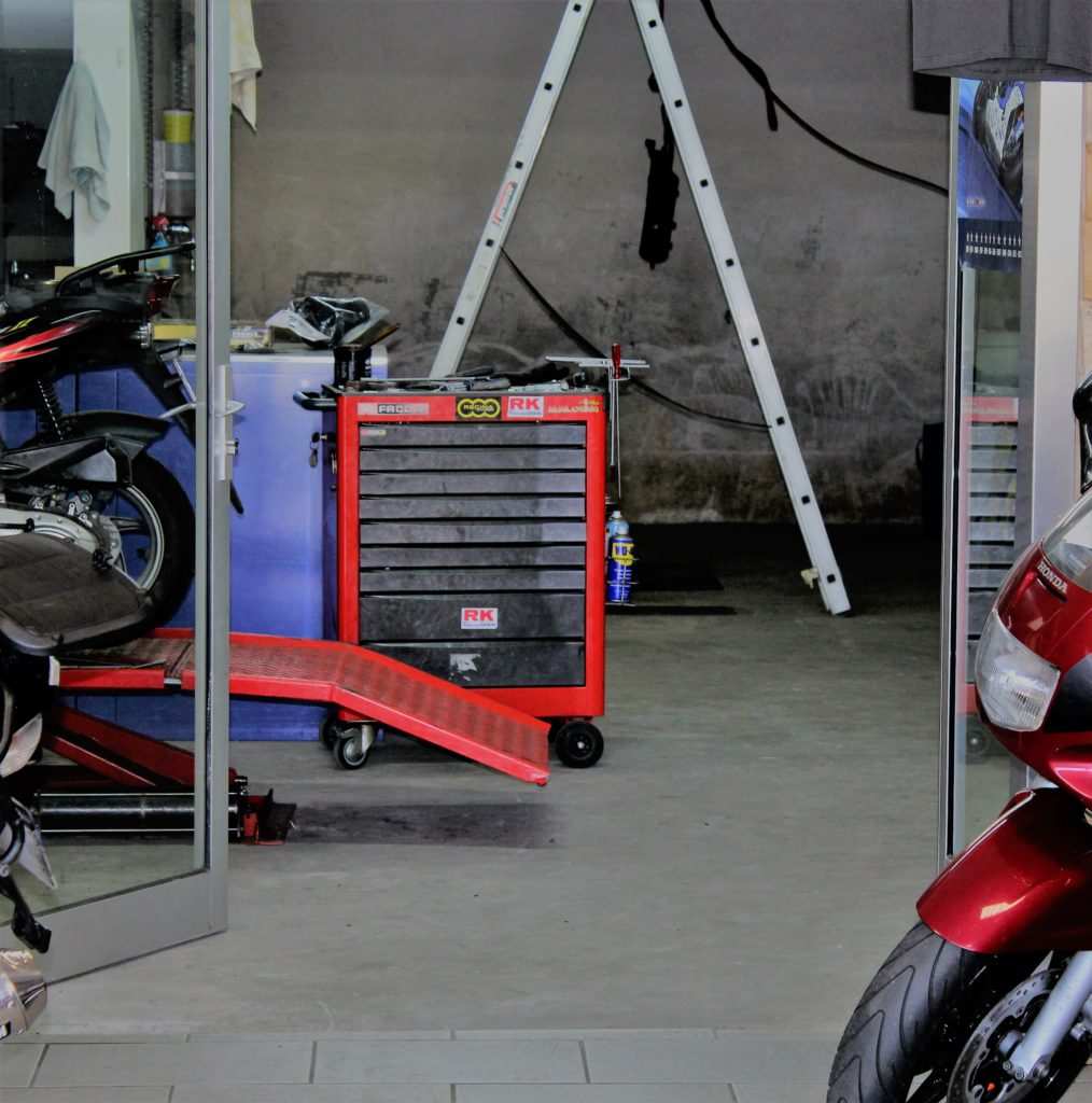 Moto garage chemill r paration et entretien de motos for Garage pour revision